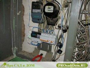 Кто должен менять счетчик электроэнергии на лестничной площадке
